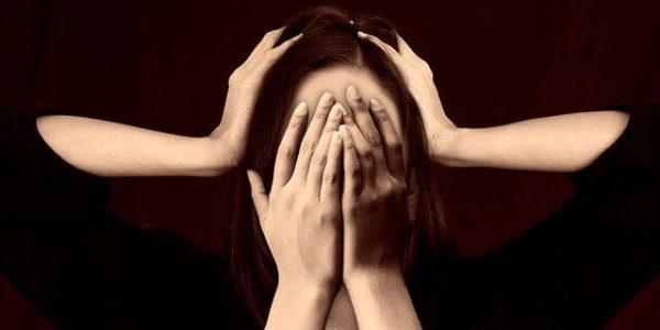 Como distinguir enxaqueca de dores de cabeça